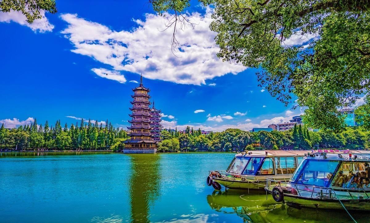 两江四湖有寄存行李的地方吗?