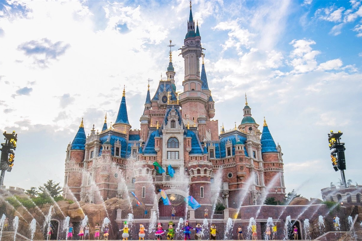 上海迪士尼在哪个区