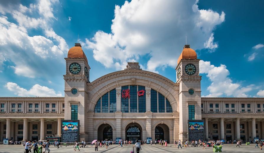 汉口火车站行李寄存新方式(位置/价格)